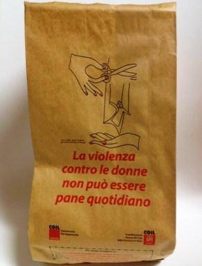 A Siena la busta del pane contro la violenza sulle donne