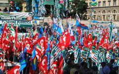 Contratto pubblico impiego, 30 mila in piazza a Roma. «Pronti a scioperi e occupazioni di uffici»