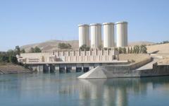 Iraq: il governo respinge l'offerta di Renzi. I 450 soldati italiani per proteggere la diga di Mosul non servono