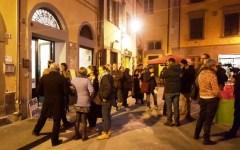 Pisa, lotta al degrado in piazza delle Vettovaglie: inaugurato lo «Spaziobono 19» per i giovani (VIDEO)