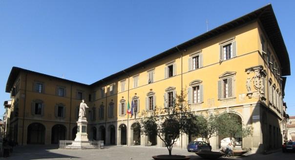Prato,_Palazzo_Comunale