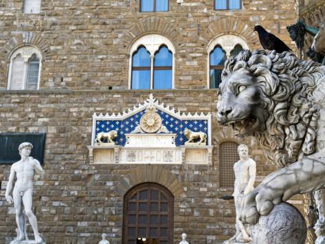palazzo-vecchio-marzocco-lion-and-statue-of-david-piazza-della-signoria-unesco-heritage-site