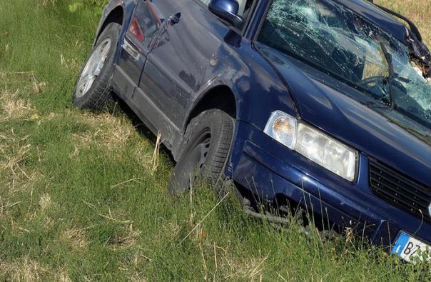 Auto in fosso incidenti stradali