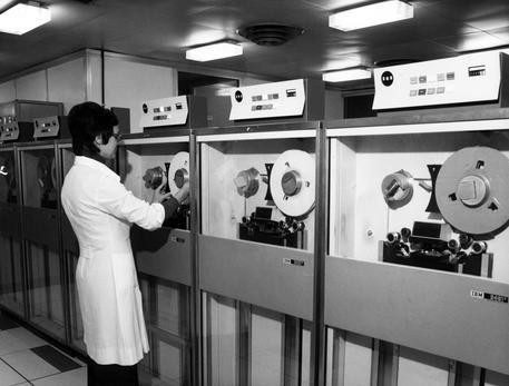30 anni di Internet - Sala macchine del Cnuce in via Santa Maria 26 Pisa (CREDIT CNR)