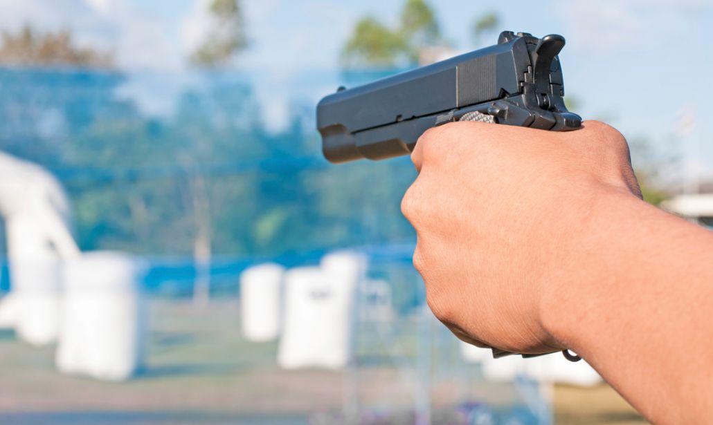 Ammazzato con un colpo di pistola, il fratello: