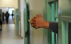 Prato, carcere: tentano di introdurre pacco di droga per detenuto ad alta sicurezza. Sequestrato dagli agenti