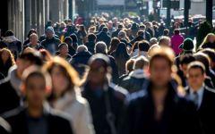 Istat, popolazione Italia: diminuiscono i residenti (-130.061) per la prima volta  in 90 anni. Aumentano gli stranieri (che sono l'8,3%)