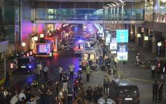 Attentato all'aeroporto di Istanbul: i morti sono 36 e i feriti 147. Erdogan chiede aiuto all'Occidente