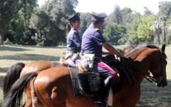 Grosseto: carabinieri a cavallo per controllare le pinete in Maremma