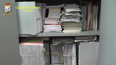 Fascicoli Guardia finanza Livorno