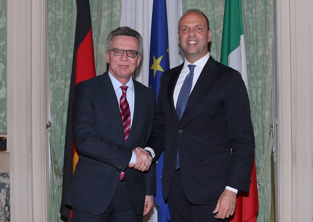 Meeting, de Maizière (ministro tedesco):