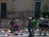 Firenze: lotta all'abusivismo, nuovi interventi della polizia municipale. Sequestrati 700 oggetti