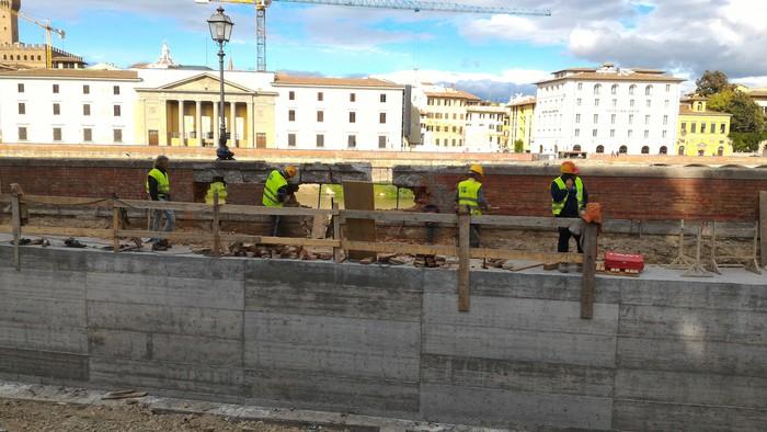 Voragine lungarno: Nardella, siamo a rush finale lavori