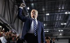 Trump presidente: i commenti in Italia e in Europa, timori ma professione di amicizia