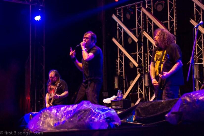 first3songs-olga-napalm-death-metaldays-web-7242