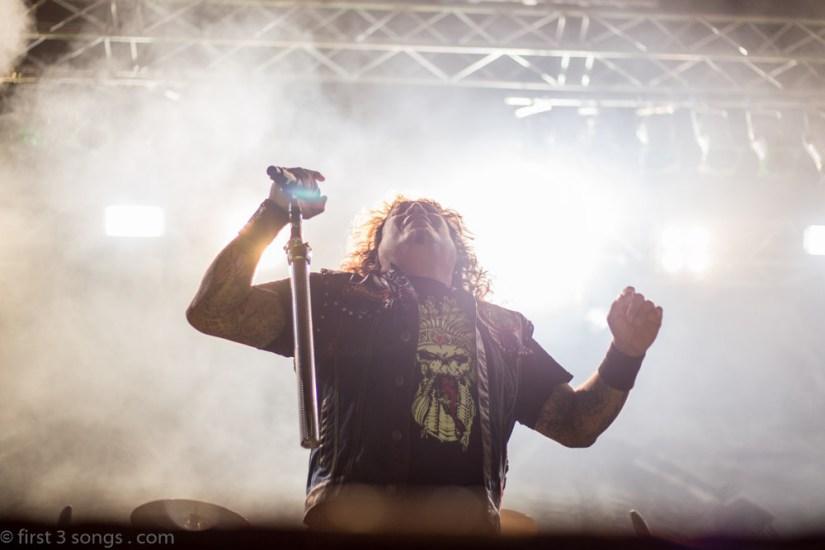 first3songs-olga-testament-metaldays-web-5536
