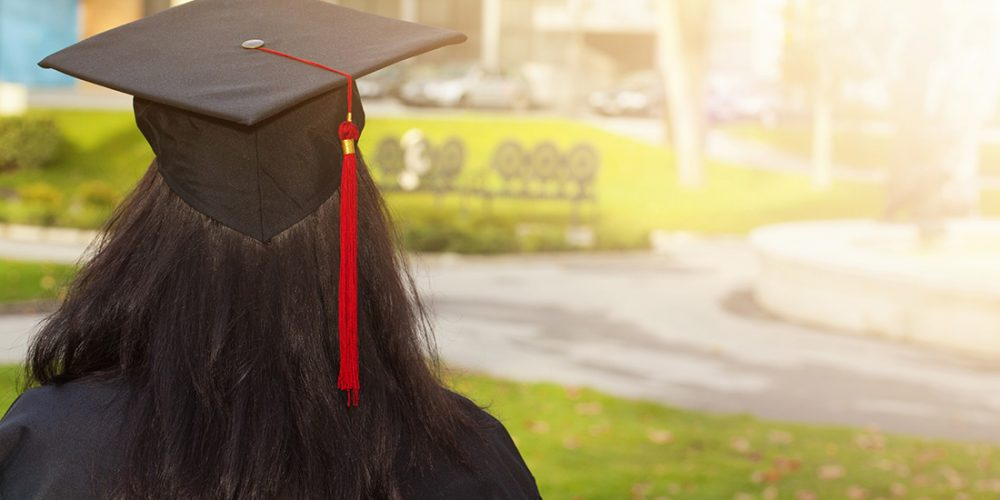 4 of the biggest financial mistakes made by college graduates - First IB