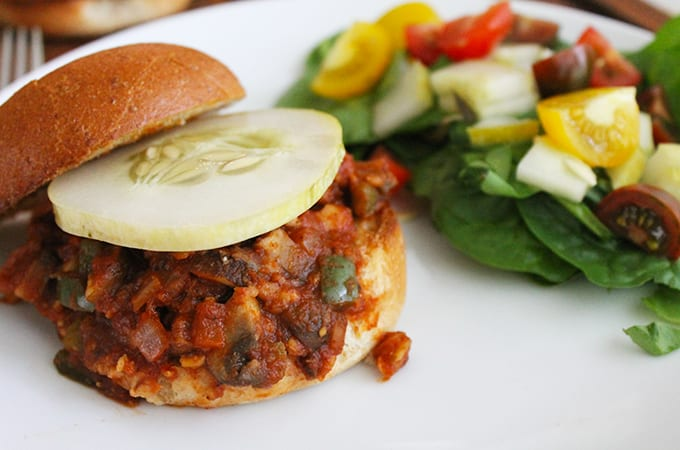 {Vegetarian} Chickpea Sloppy Joes