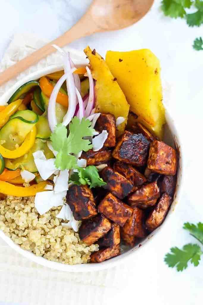 Vegan Hawaiian BBQ Tofu Bowls packed with flavor and crispy tofu ...
