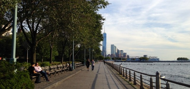 Hudson River Park Nap Spot – New York City