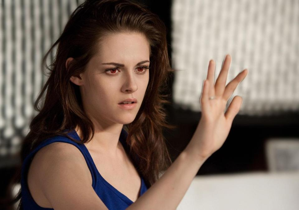 Breaking Dawn Part 2 Poster And Photos (8)
