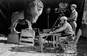 MGM Lion's Plane Crashed In 1927 and He Survived on Sandwiches