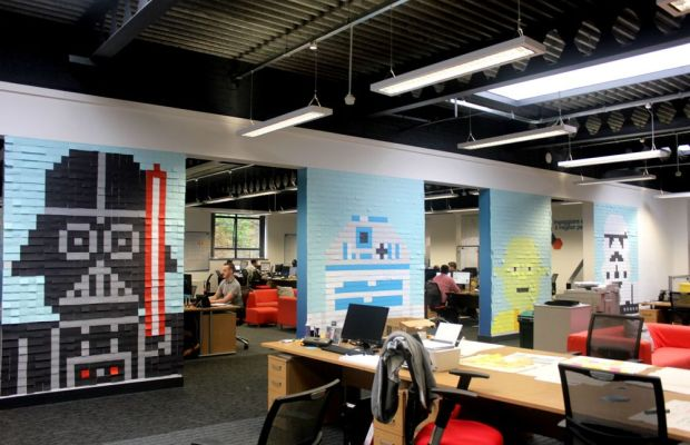 STAR WARS-Inspired Post-It Murals In Office