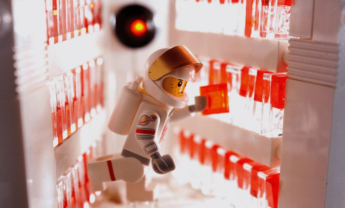 2001: A Space Odyssey Scene Where Dave Deactivates HAL 9000 Recreated in LEGO