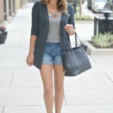 early fall outfit - long cardigan with shorts | www.fizzandfrosting.com