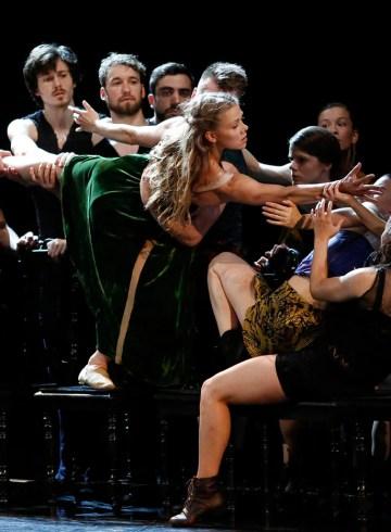 "Baltic Dance Theatre in ""Tristan and Izolde"" by Izadora Weiss. Photograph by K. Mystkowski"