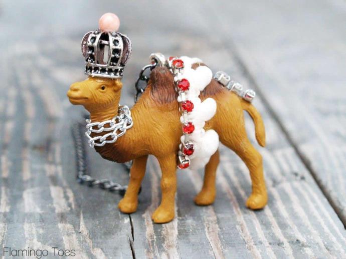 Camel Necklace