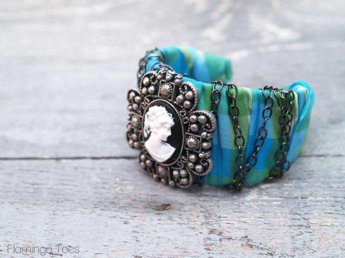 Quick and Easy Bracelet