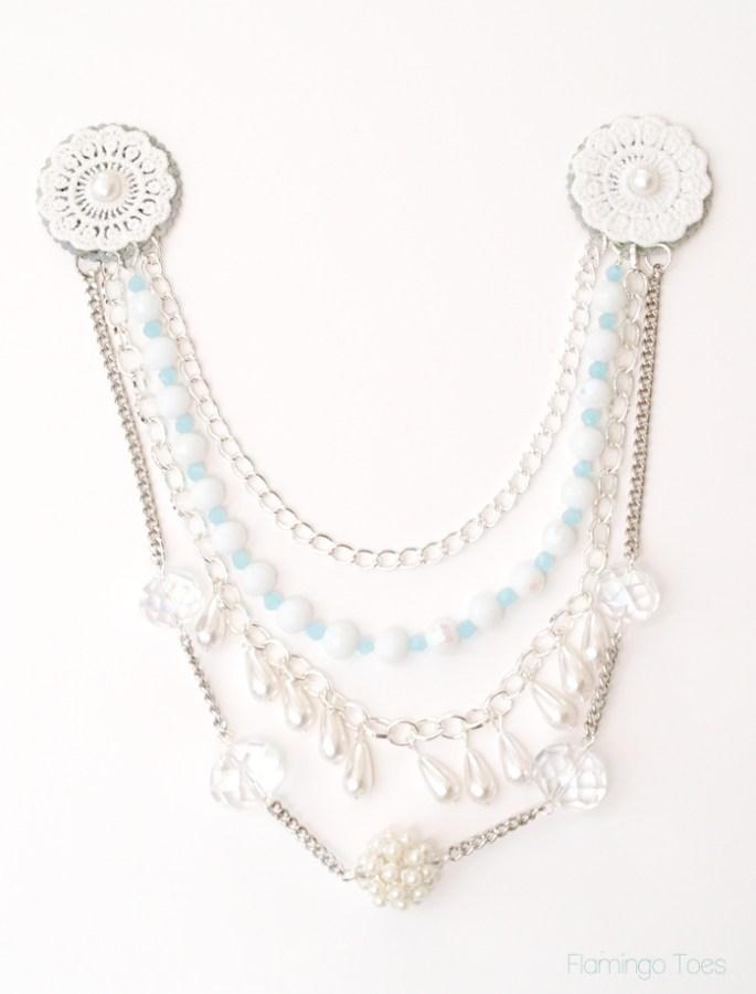 layered chains necklace bib