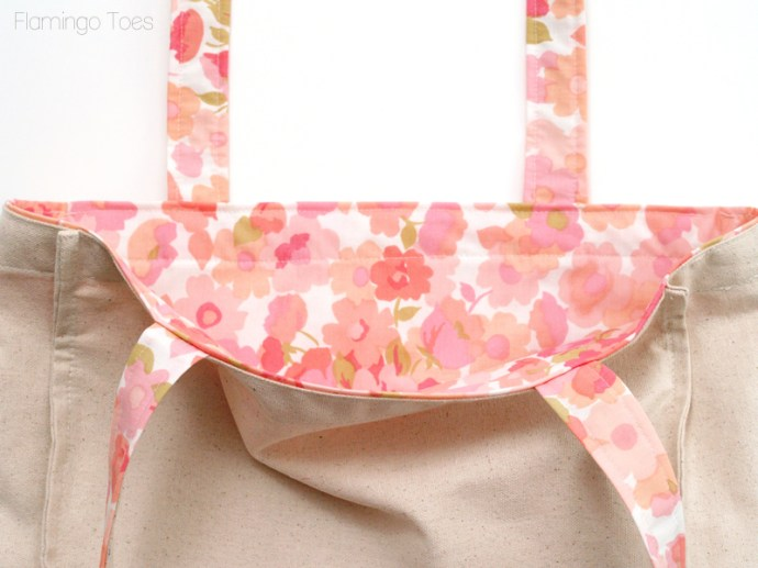 sewing lining to tote
