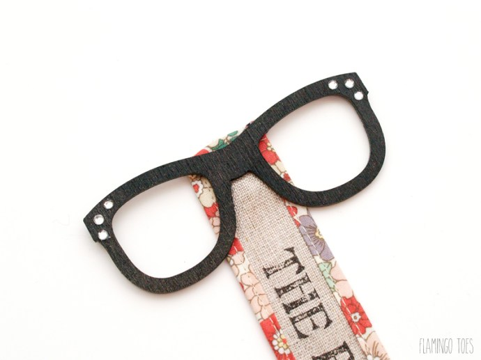 gluing glasses to bookmark