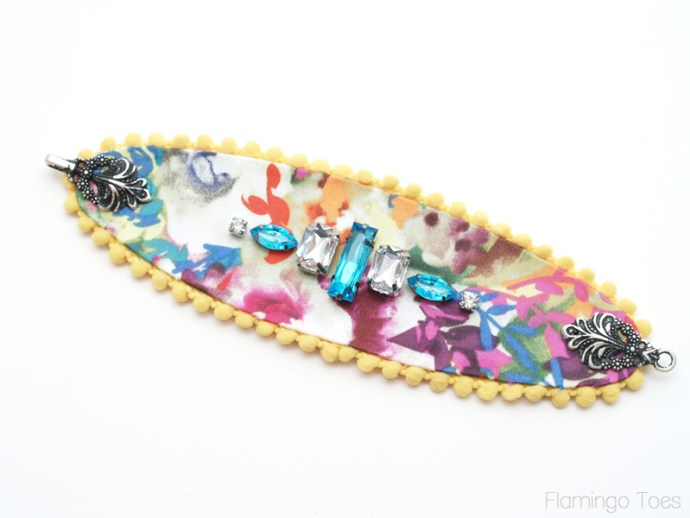 glueing connector to the bracelet