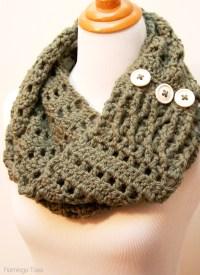 Chunky Crochet Infinity Scarf