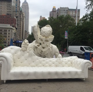 The Dissection of Sigmund Freud – Hot New Sculpture in Flatiron Plaza!