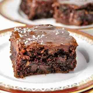 Paleo Brownies with Salted Chocolate Ganache. . No grains, no dairy, no refined sugar. Just fudgy brownies with an easy coconut oil and chocolate ganache. |www.flavourandsavour.com