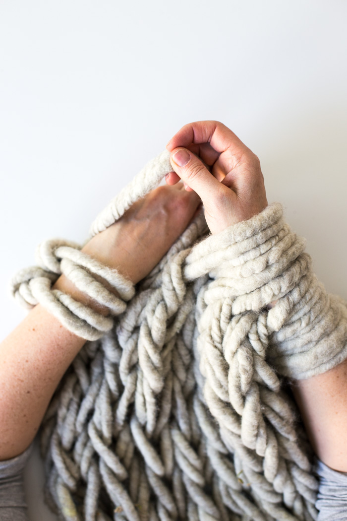 Arm Knitting Techniques : Six ways to make your arm knitting tighter flax twine