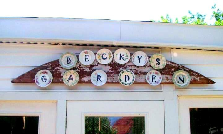 Becky's gorgeous garden shed sign