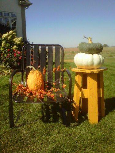 Rusty Pumpkin's easy-to-do display
