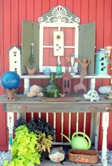 Sue's very colorful potting table
