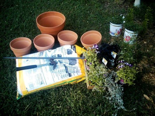 Donna Neeley shows us the supplies needed for tipsy pots