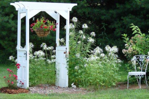 Jeanne Sammons' original door arbor started it all on Flea Market Gardening