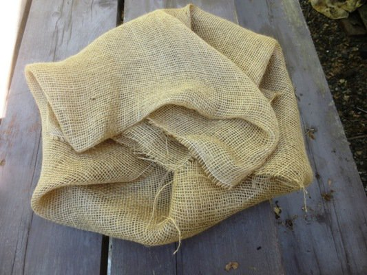 Burlap wrapped fan 'basket'