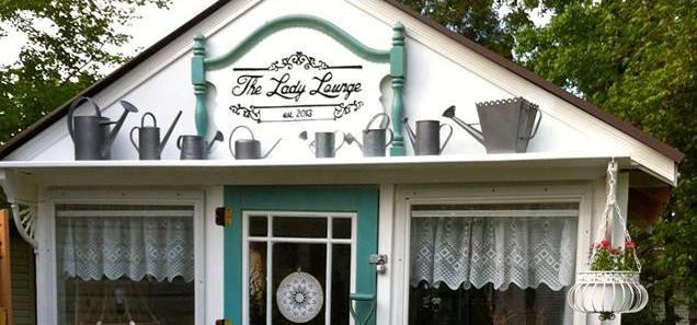Ann's lady Lounge