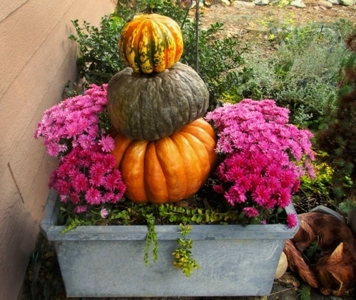 Pumpkin tower done last year for by my front door.  ~~ Sue Langley