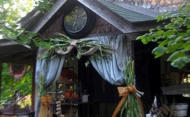 Visit 'Little Shop Antiques' in Autumn