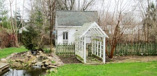 Garden cottage dream
